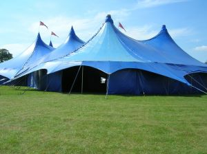 & Wedding Tent House Selection Tips